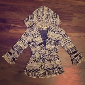 Sweaters - Wrap Sweater Tribal Print B&W Small Bell Sleeves
